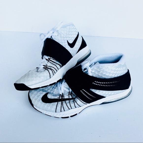 e9703dc329ded Men s Size 9 Nike Zoom Train Tornada Shoes. M 5a5da03d5521be0bd0207a32